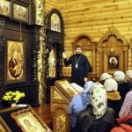 Ознакомление с иконами нашего храма