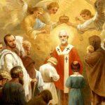 Святитель Николай – не каскадер, который лазит по каминам и носится с подарками