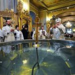 Что важнее в праздник Крещения Господня: богослужение, святая вода или купание в проруби?